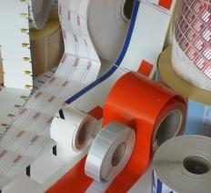 Etichette adesive e cartellini